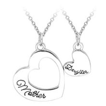 2Pc Selling Jewelry Mother'S Day Gift Splicing Necklaces Wholesale Mother&Daughter Love Letters Pendant Necklace Set