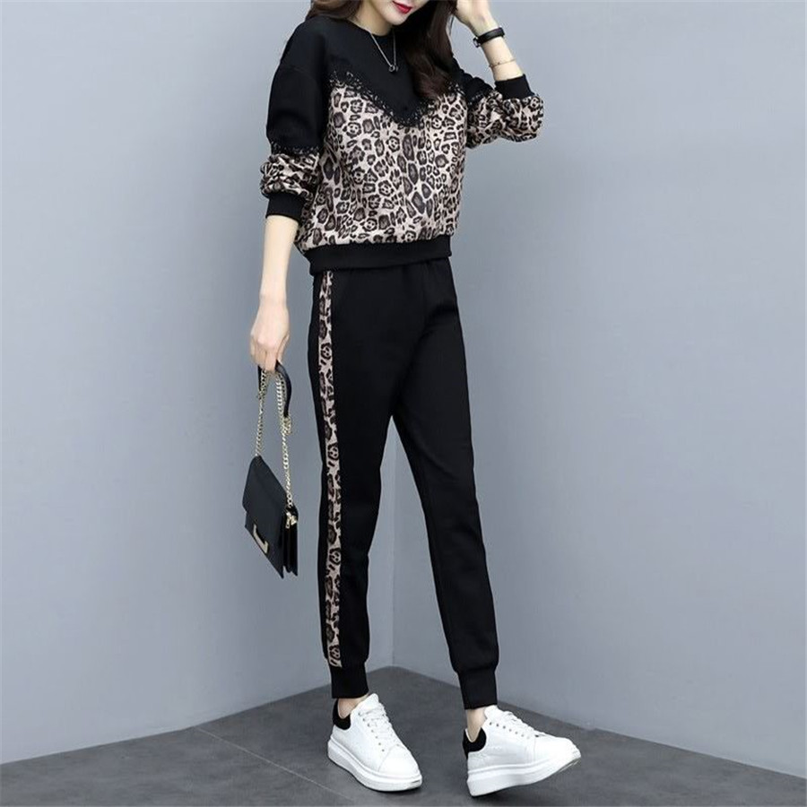 tracksuit for women 2019 spring autumn female large size loose two-piece sets women's plus size tops +pants Casual suits 51