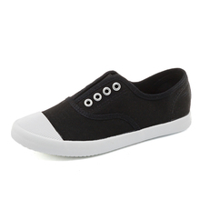 Spring Summer New Top Quality Women Canvas Shoes Flat Shoes Comfortable Flats Soft Bottom White Casual Shoes Sneakers Loafers