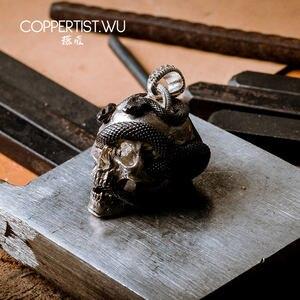 Image 3 - Coppertic. WU الجمجمة ثعبان قلادة قلادة S925 فضة مجوهرات طبعة محدودة الديكور القوطية هدايا للرجال 99 قطع فقط