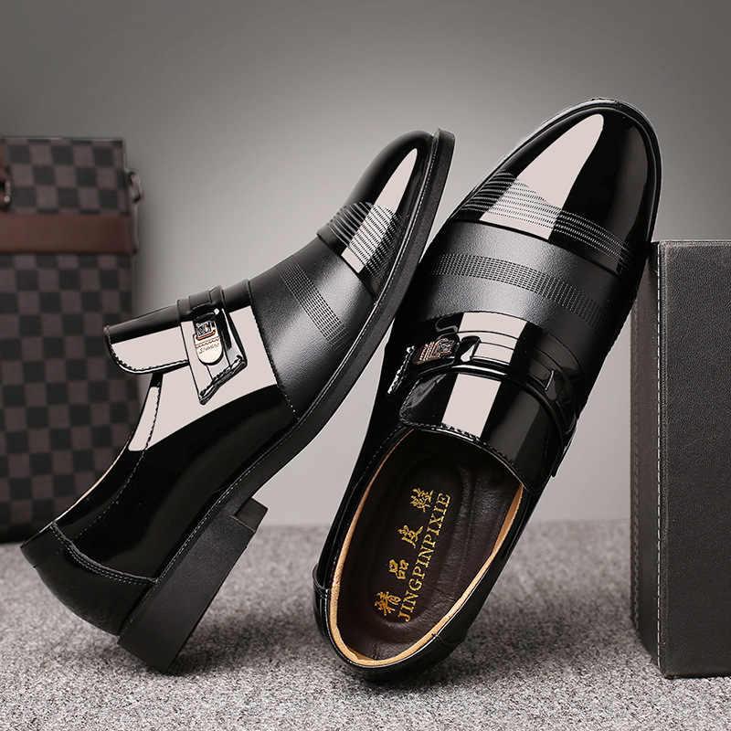 ウェディングドレススーツフォーマルなローファー男性でドレスシューズビジネスシューズ男性オックスフォード革 zapatos のやつ vestir9