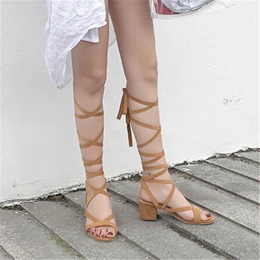 Sexy kolana wysokie sandały gladiatorki kobiety Party plaża sandały rzymskie pompy pasek na sandały na kwadratowym obcasie pasek krzyżowy wysokie obcasy y1188