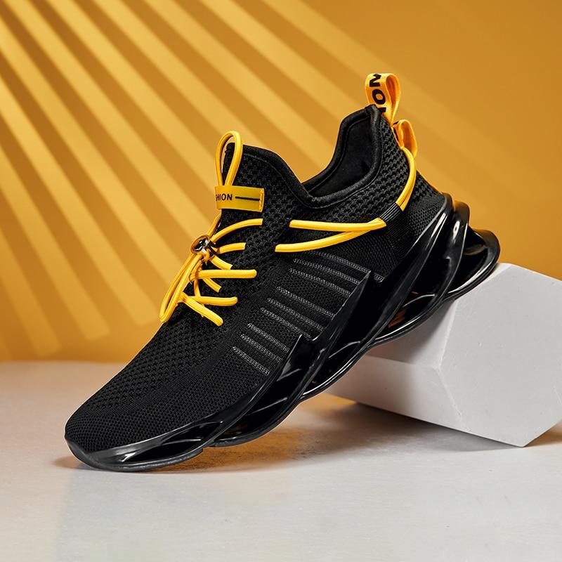 2020 New Jogging Sneakers For Men Breathable Sports Men Shoe Black Red Mens Athletic Walking Shoes Anti-Slip Outdoor Shoes Men