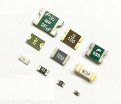 20PCS 0603/0805/1206/1210/1812/2920/0.1A/0.2A/0.25A/0.35A/0.5A/0.75A/1A/1.5A/2A/3A PPTC PolySwitch Self-Recovery Fuse SMD FUSE