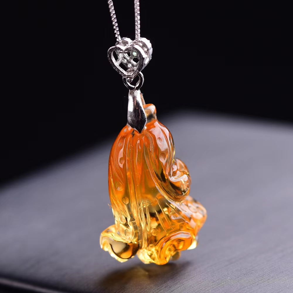 Natural Yellow Citrine Quartz Crystal Pendant Gemstone 28x19x13mm Women Cabbage Wealthy Stone Fashion Necklace AAAAA
