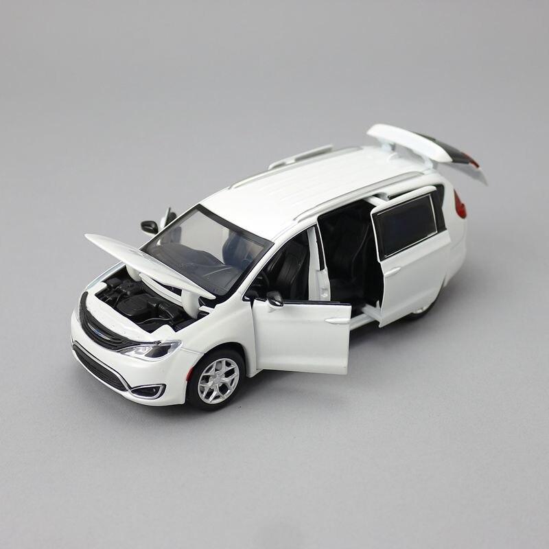 Jackiлюбые/Масштаб 1:32/Литые металлические игрушечные модели/Chrysler Pacifica MPV/автомобиль со звуком светильник/образовательная Коллекция/подарок д...