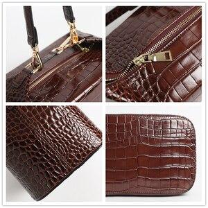 Image 5 - Burminsa 악어 인쇄 작은 여자 핸드백 세련 된 상자 디자이너 어깨 가방 숙 녀 전화 지갑 고품질 Crossbody 가방 2020