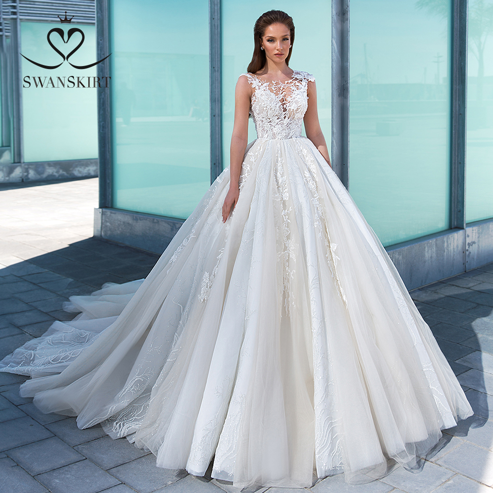 Appliques Lace Wedding Dress 2020 Swanskirt Luxury Princess Court Train Ball Gown Bridal Gown Designer Vestido De Noiva F312 Buy At The Price Of 315 89 In Aliexpress Com Imall Com