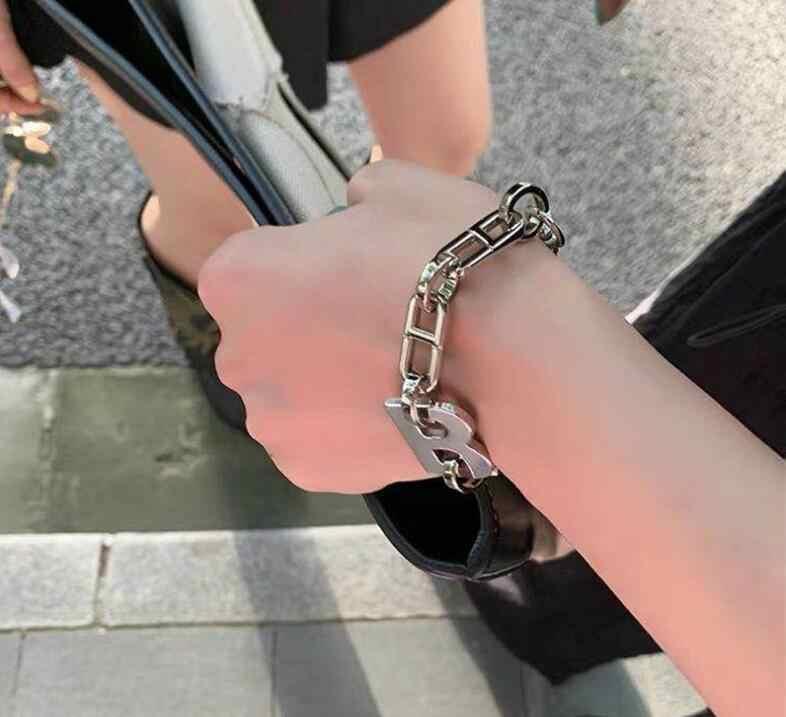 Ins mektup kolye kalın zincir hip hop tarzı geniş zincir klavikula zincir gerdanlık kolye