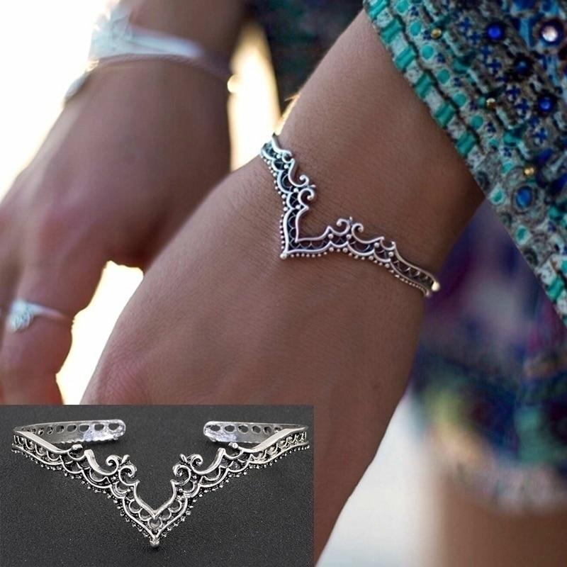 2021 Retro joyería chapada en plata Bohemia apertura hueca corona de plata anticuada pulseras y brazaletes para mujeres (Color: plata Retro)
