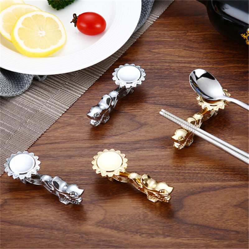 Dragon Shape Chopsticks Holder Stainless Steel Table Decoration Chopsticks Holder Rest Stand Metal Craft Rack Frame Kitchen Tool