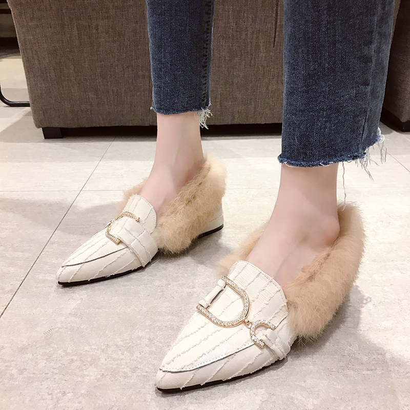 New Fashion Warm Plush Winter Slippers Mules Women Shoes Woman Faux Fur Pointed Toe Shoes Metal Buckle Slip On Sexy Ladies Pumps