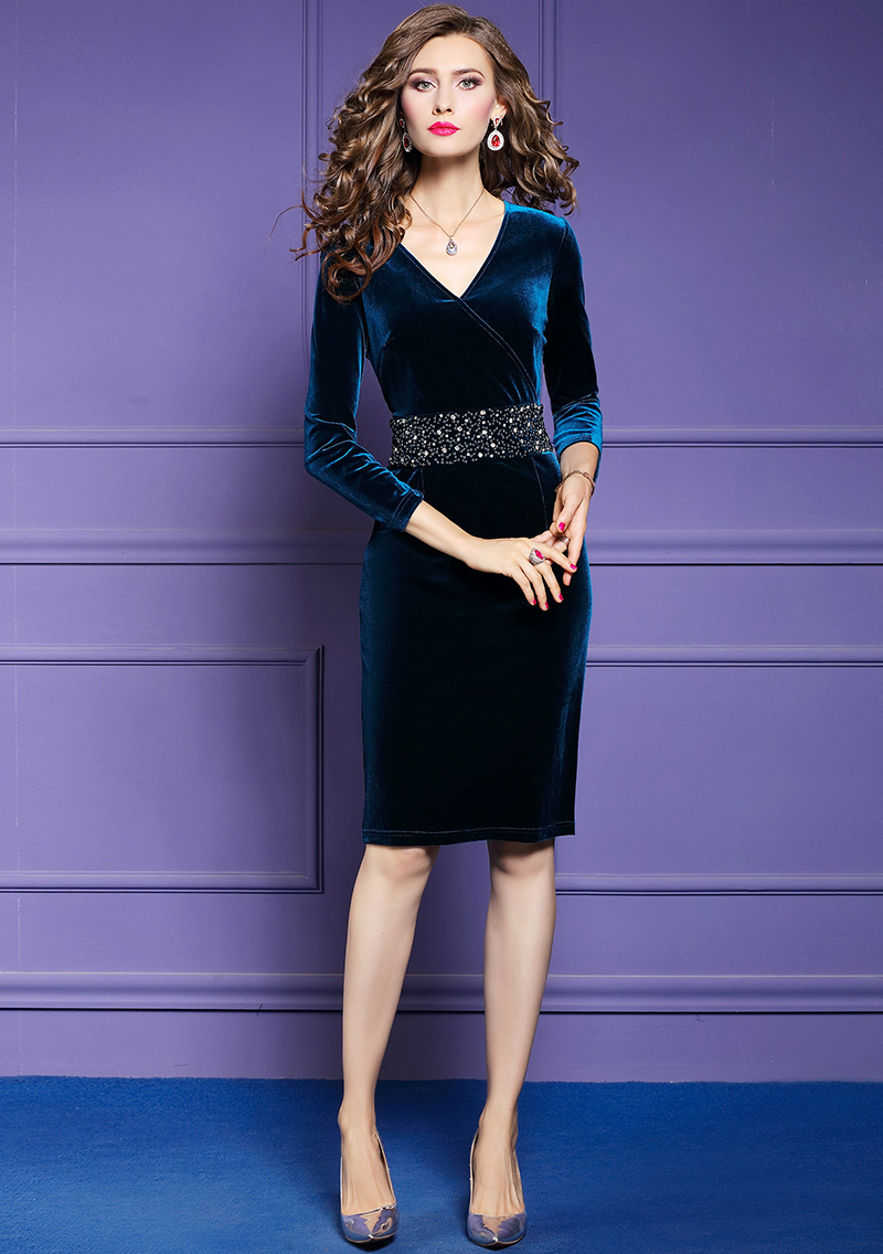 Elegant Vintage V-neck Beading Velvet Dress