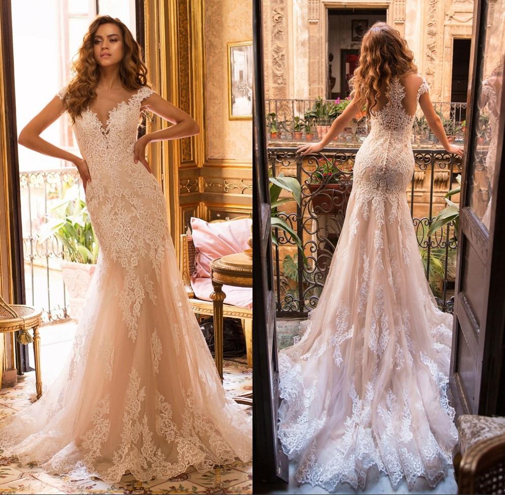 Dubai Luxury Beaded Wedding Dress Sweetheart Off Shoulder A Line Wedding Gown Vestidos De Novia Applique Lace Button Back Bride