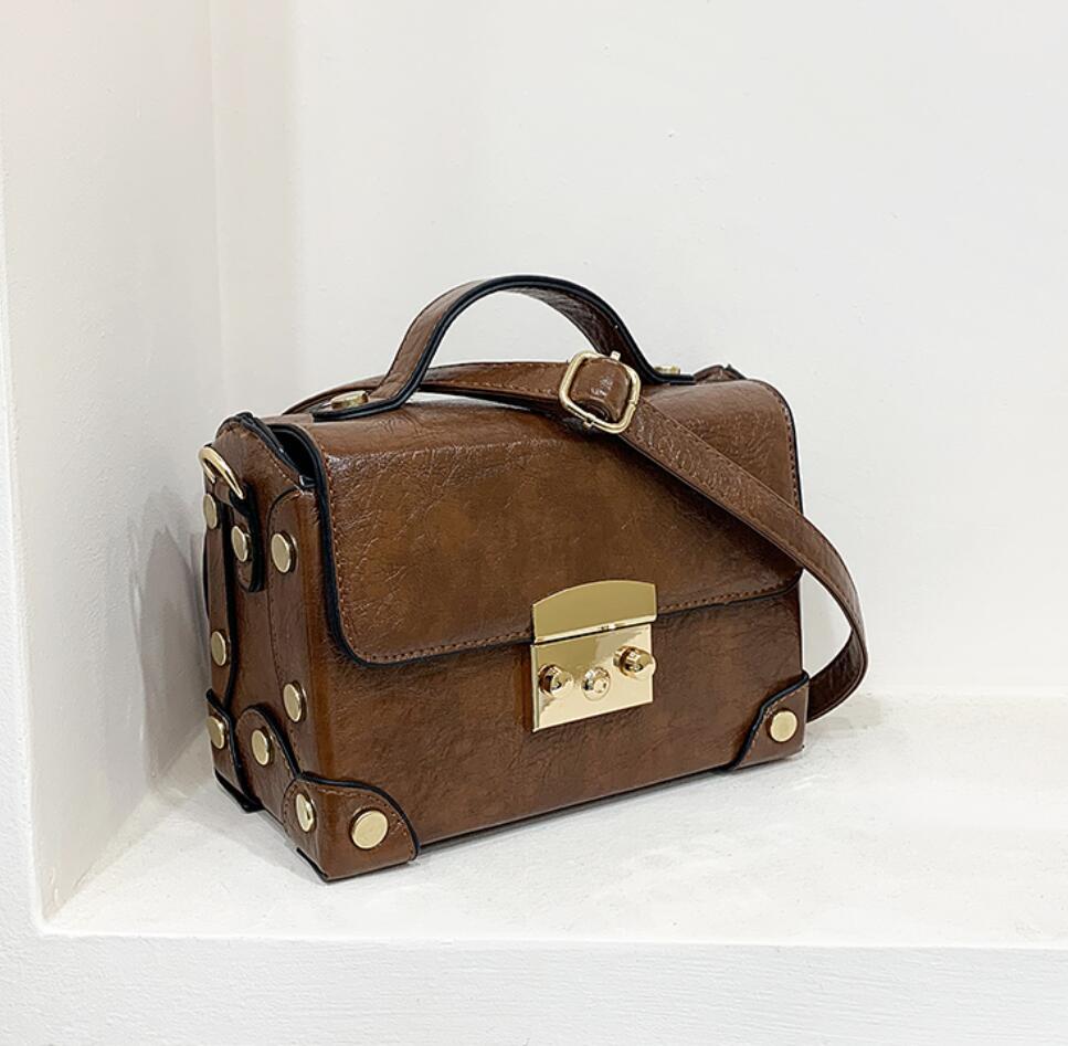 Vintage Tote Box Bags 2020 Fashion New High Quality PU Leather Women's Designer Handbag Lock Rivet Shoulder Messenger Bag