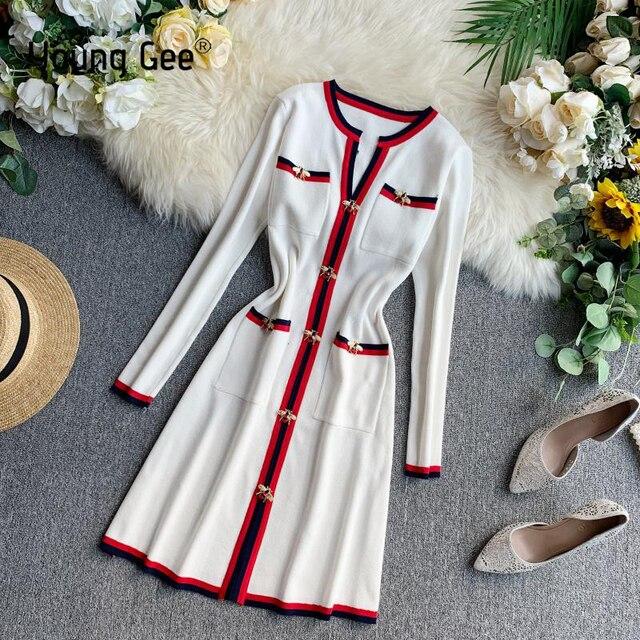 若いジー秋の女性のファッションニットドレス長袖 V ネックの女性のプルオーバー冬のヴィンテージ蜂ボタンセータードレス