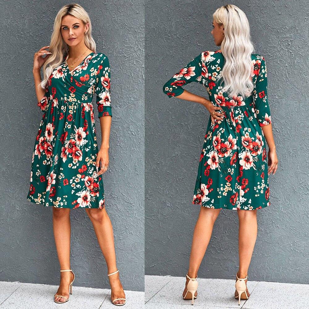 Купить женское платье с цветочным принтом завышенной талией до колена