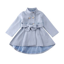 От 1 до 5 лет верхняя одежда для маленьких девочек длинное платье Модная ветровка с длинными рукавами на пуговицах осенне-зимнее пальто