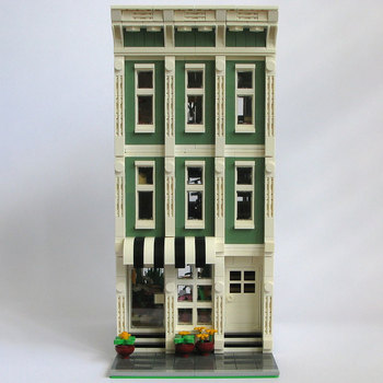 Blooming Blossoms MOC 11224 Modular Building By Kristel Produced by MOC BRICK LAND