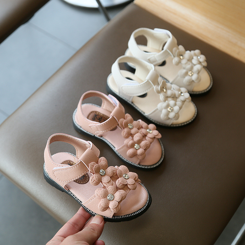 Girl Baby Sandals Little Princess Soft Bottom Fashion 2020 Summer New Korean Children's Shoes Flowers Girls Beach Shoes D02241