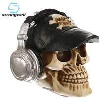 Strongwell European Hat Resin Skull Figurines Desktop Retro Decoration Crafts Personalized Halloween Skulls