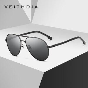 Image 3 - Veithdia óculos de sol masculino polarizado, óculos de sol vintage, polarizado, clássico, direção de lentes para homens e mulheres 2482
