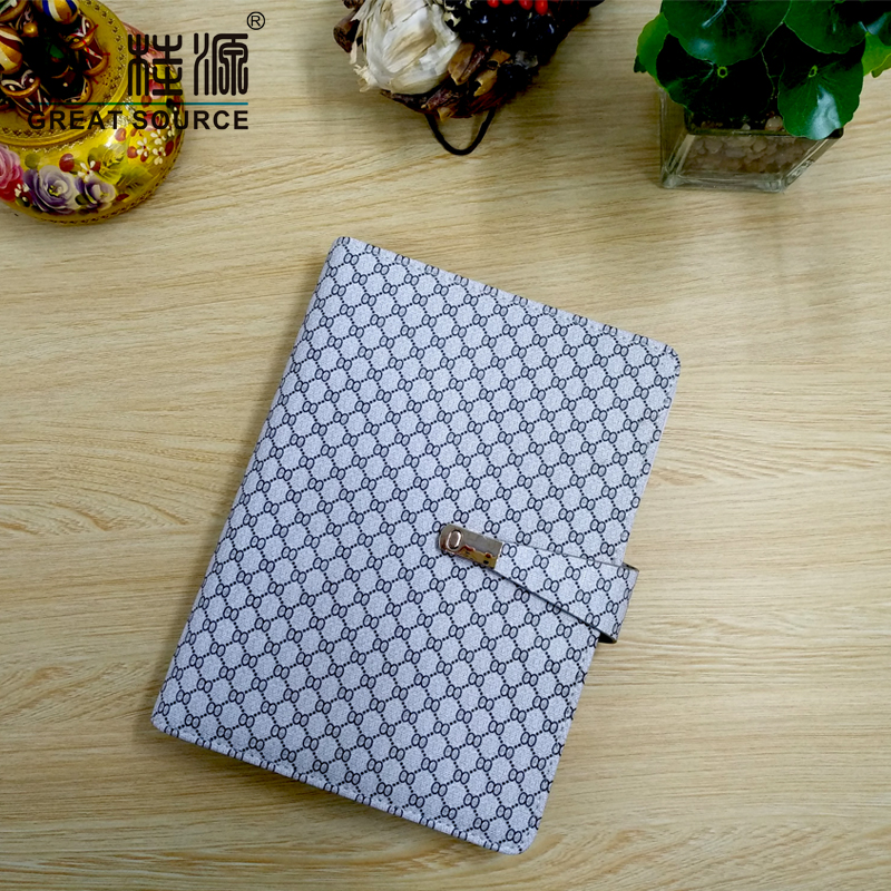A5 Binder Folder Refillable Folder Clear Pen Bag Color Stickers Fashion Design 6 Rings Binder Notebook 2020 Calendar