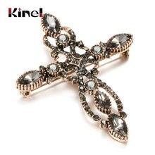 Kinel lüks antika altın barok çapraz broş kadınlar için moda gri kristal broş Pin Vintage düğün takısı hediye