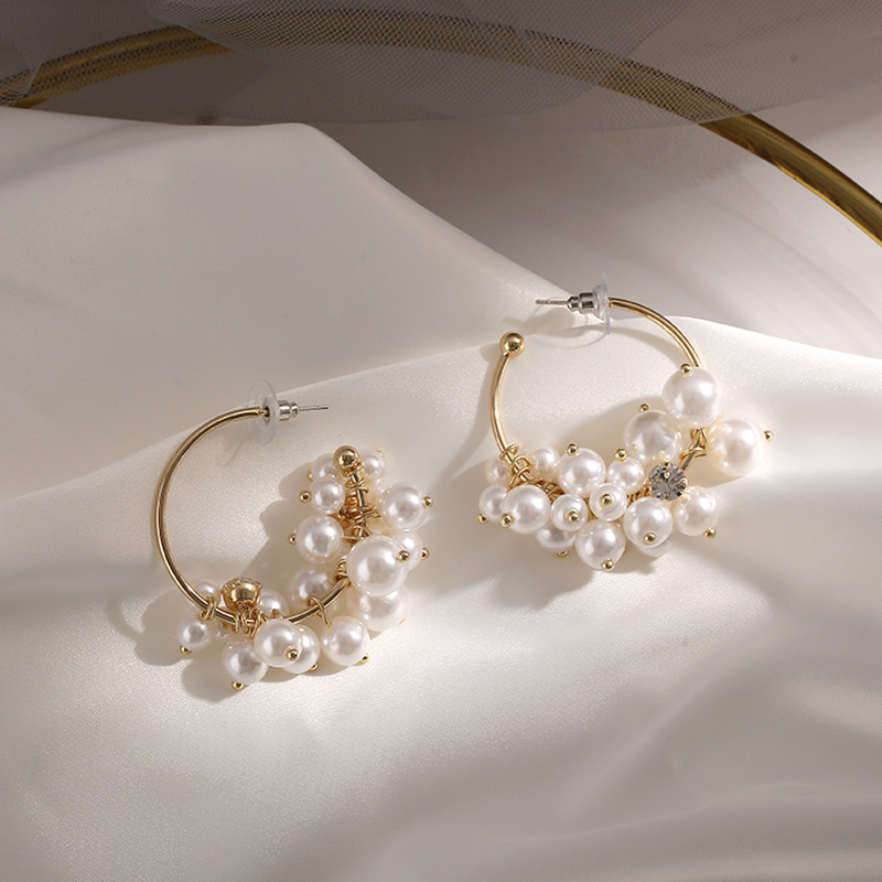 Round pearl earrings new round earrings European and American exaggerated ear jewelry earrings women Trend elegant New Earrings