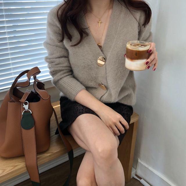 Mooirue Autumn Women Soft White Knitted Cashmere Sweater Double Button Women Warm Jumper V-Neck Winter Sweater 52