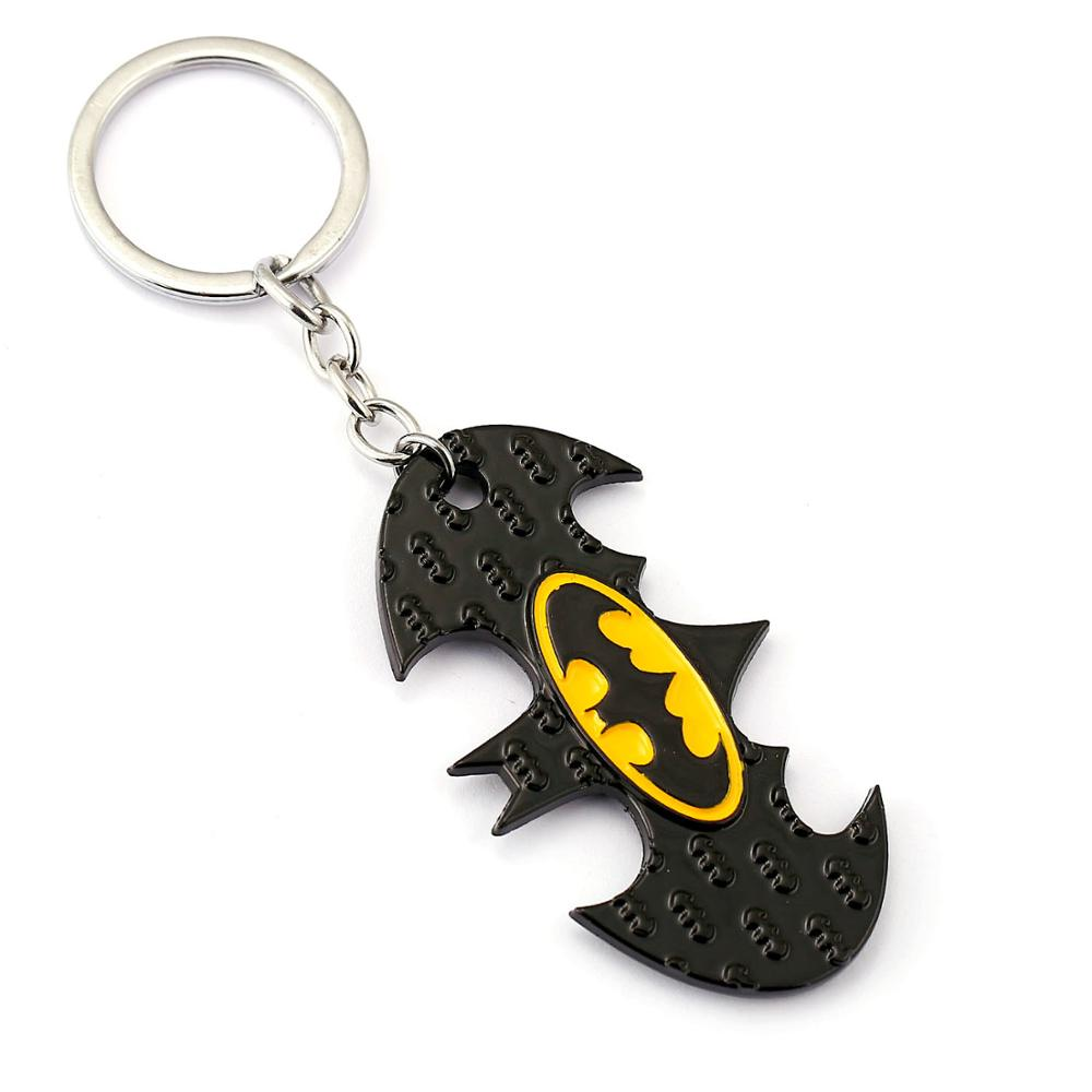 Anime Batman The Dark Knight Keychain Batman Logo Keyrings Pendants Ring Holder For Car Souvenirs Copslay Accessory Figure Gift