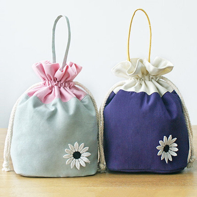 Purse Hot Selling Hipster Daisy Canvas Bag Storage Laptop Hand Cream Card Snacks Bucket Bag