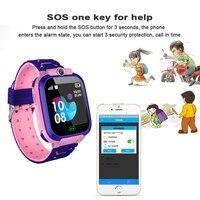 Tüketici Elektroniği'ten Akıllı Saatler'de Çocuklar için akıllı saat Q12 akıllı telefon saati Çocuk Öğrenci için 1.44 Inç hiçbir Su Geçirmez Öğrenci akıllı saat Arama Sesli Sohbet