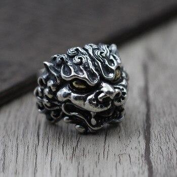 Plata tailandesa tallada Tang León personalidad exagerada anillo de plata de ley S925 anillo Retro latón ojo dorado Brave