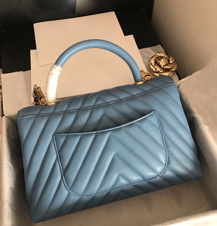 Fantastic 2020 genuine Leather Luxury Fashion Handbags Women bag Runway For Female Ladies Europe Brand