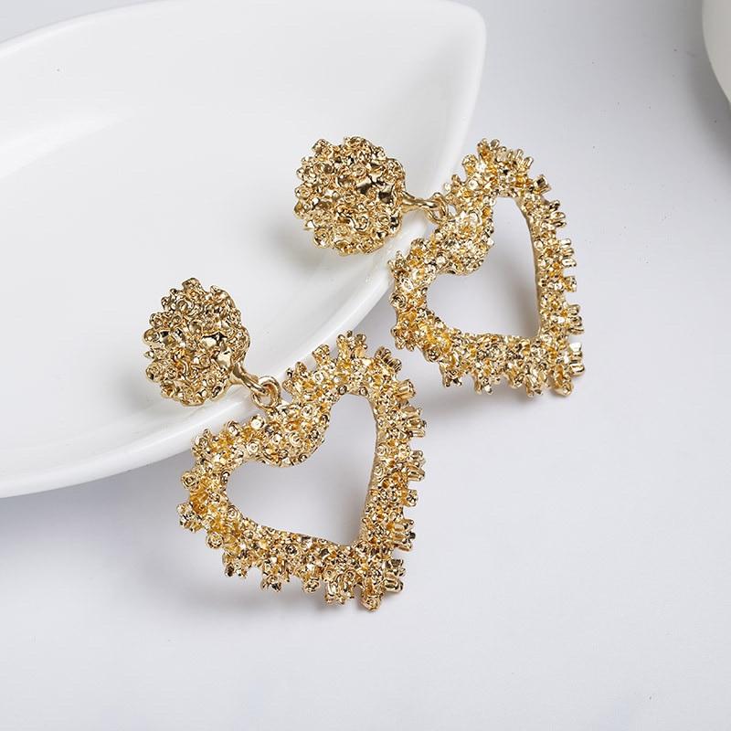 CARTER LISA Women Stylish Simple Design Zinc Alloy Heart Geometric Dangle Earrings Statement Gold Earrings For Couple Lover