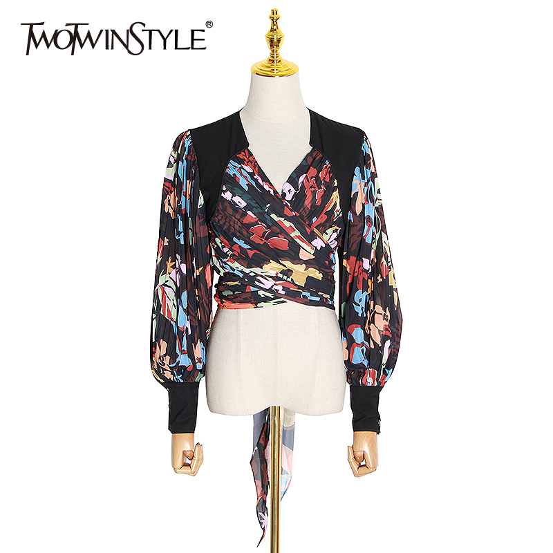 TWOTWINSTYLE Vintage Patchwork Women Blouse V Neck Lantern Long Sleeve Irregular Pleated Shirt For Female Clothing 2020 Fashion