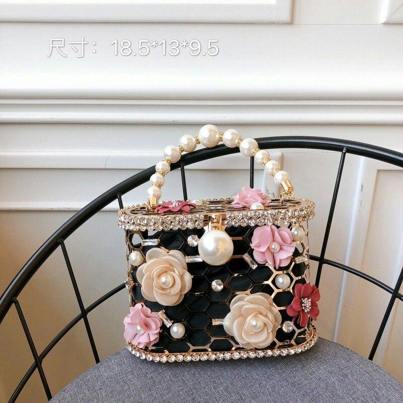 2020 New Women's Bag Korean Alloy Flower Pearl Water Drill Birdcage Net Red Temperament Holiday Handbag