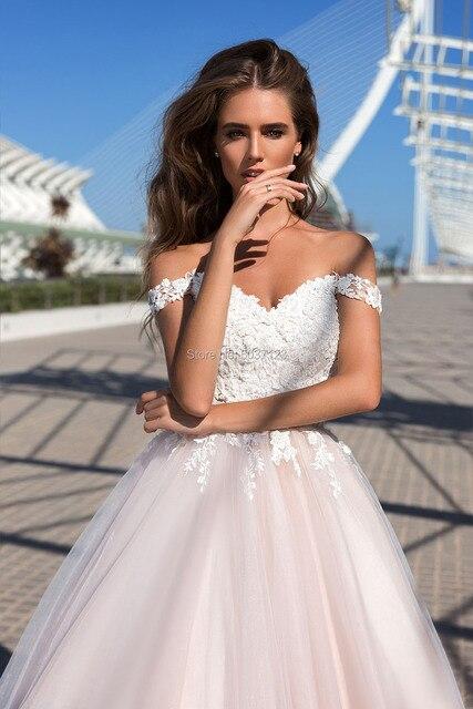 Beach Pink Wedding Dresses 2021 Off Shoulder Lace Appliques Tulle Bridal Wedding Gowns Sleeveless Corset Back Vestidos De Noiva 3