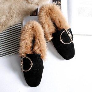 Image 2 - BEYARNE2019 new fashion rabbit fur flat shoes flip plus velvet casual shoes Europe and large womens shoesE1104