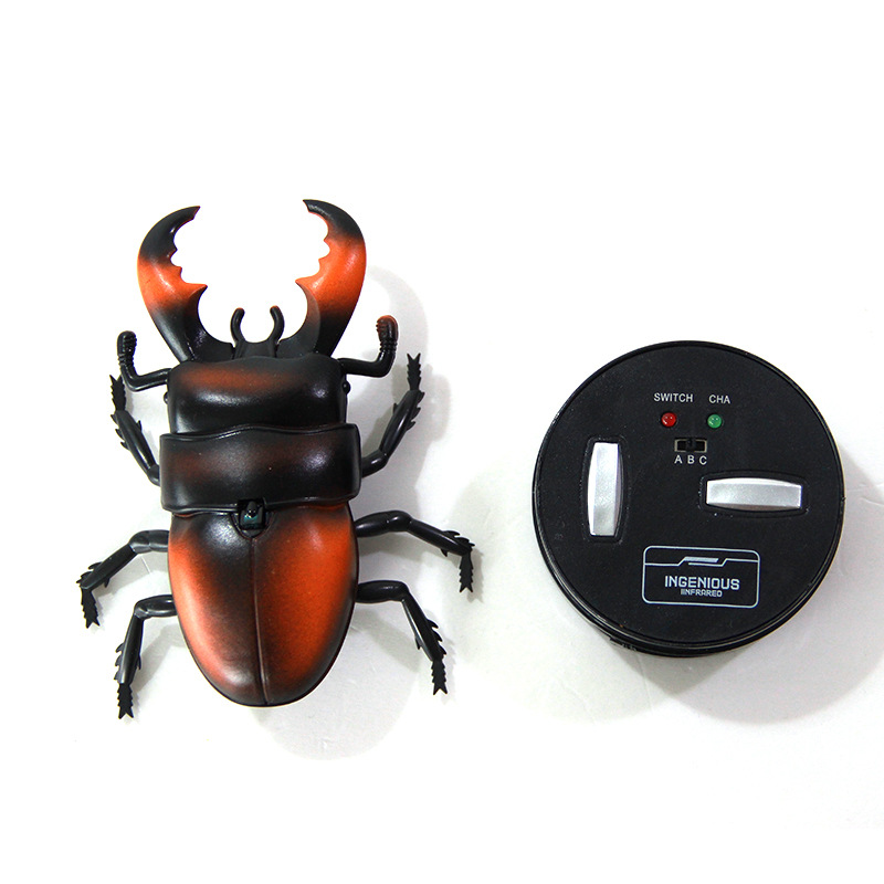 Remote Control Trick Beetle Toy Model Crawling  Entire Toy Infrared Electric Children Pet Insect Model