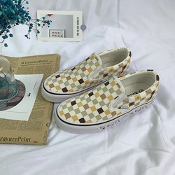 2020 New Ladies Canvas Shoes All-match Trend Flat Skateboard Shoes Lightweight and Comfortable Slip-on Casual Shoes