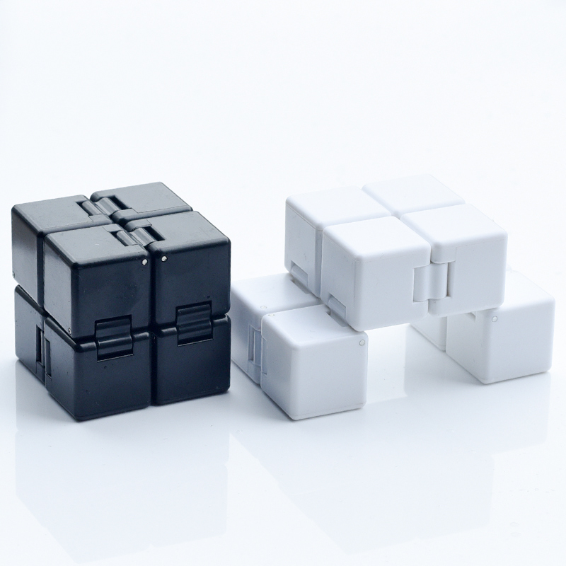 Cubes 2x2 Infinite Cubo Decompression toy Relieve stress Fun toy holiday gift Toys For Children gxwj