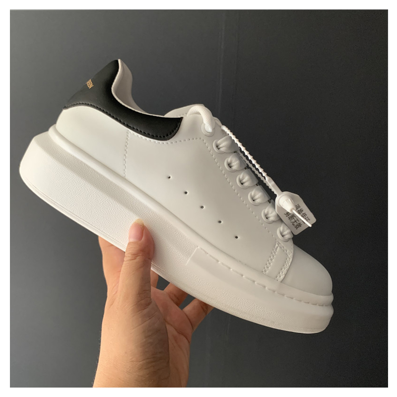 2021High quality Alexander luxury designer plush white ankle vulcanized shoes for women men lovers lace-up casual shoes sneakers 1