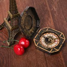 Vintage Hallowmas Party fantazyjna zabawka kompas dla piratów z karaibów Johnny tanie tanio Typu handheld Podwójny wyświetlacz Wskazując przewodnik 13 x 6cm (open size) Pirate toy plastic products Halloween products Christmas toys