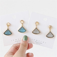 Korean Fashion Contracted Round opal Stud Earrings stone New Resin crystals Earrings for women Accessories jewelry carvejewl stud earring round triangle resin stone collection straw weaving stud earrings for women jewelry new fashion earrings