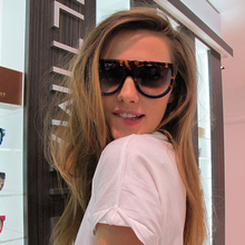 New Kim Kardashian Sunglasses Women Vintage Flat Top Oversiz