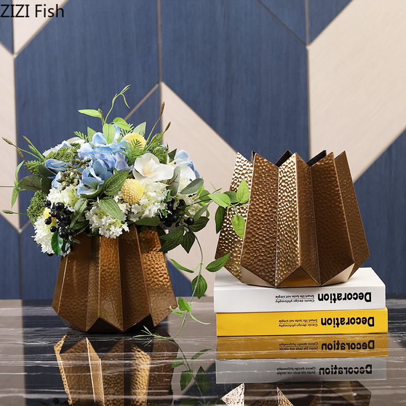 Creative Nordic metal iron geometric vase Gold vases Decorative ornaments living room Flower arrangement Modern home decoration اكسسوارات منزلية