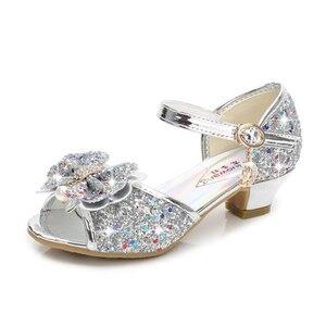 Nowe dziewczęce sandały na wysokim obcasie diamentowa klamerka do butów duża nastolatka klapki na obcasie z kokardką pokaż kryształowe obcasy dla dzieci