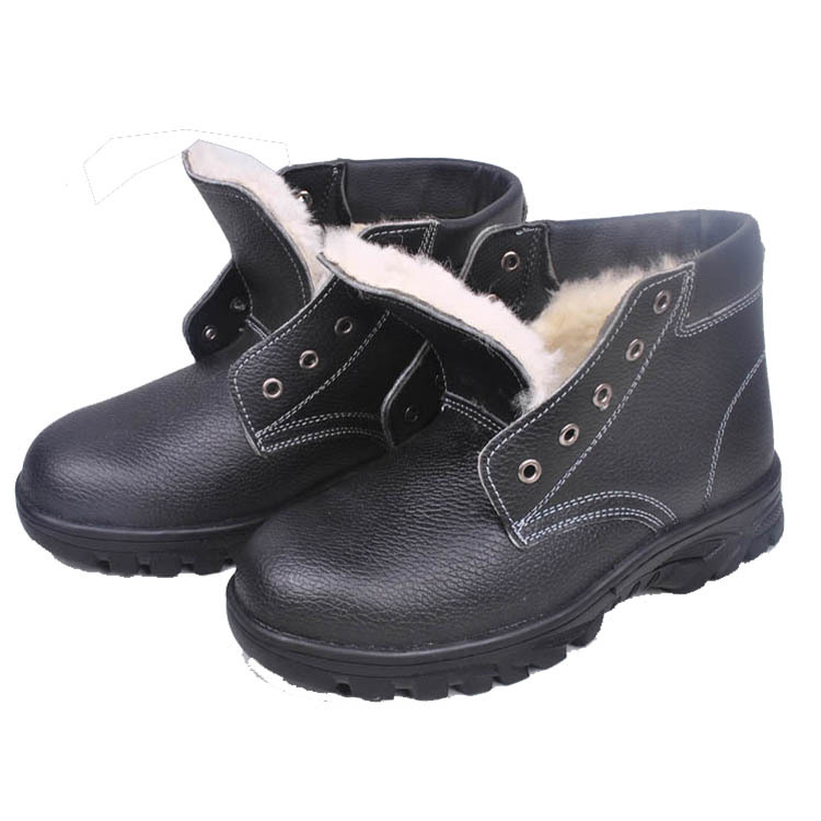 Safety Shoes Men Cotton Safety Shoes Smashing Winter Warm Cotton-padded Shoes Wear-Resistant